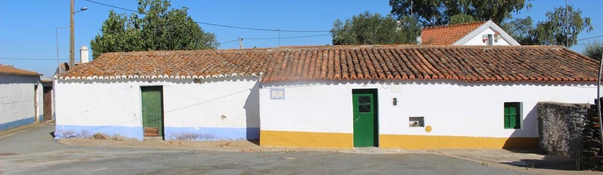 Duas casas em Rolão