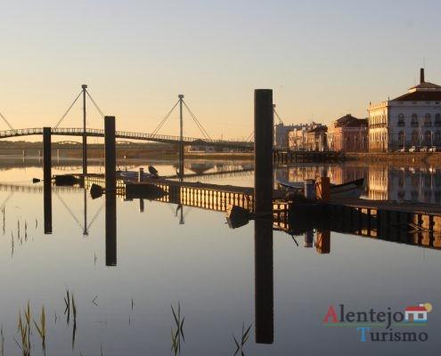 Porto de pesca no rio