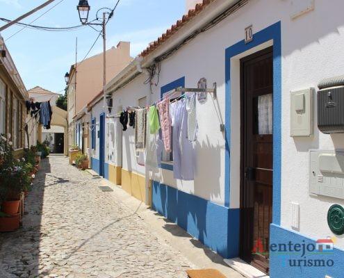 Rua tradicional alentejana.