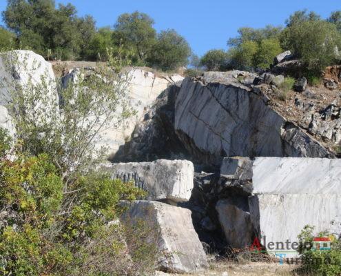 Blocos de rocha