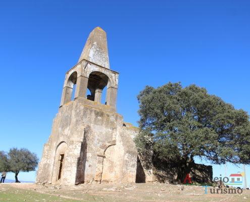 Igreja com marco geodásico