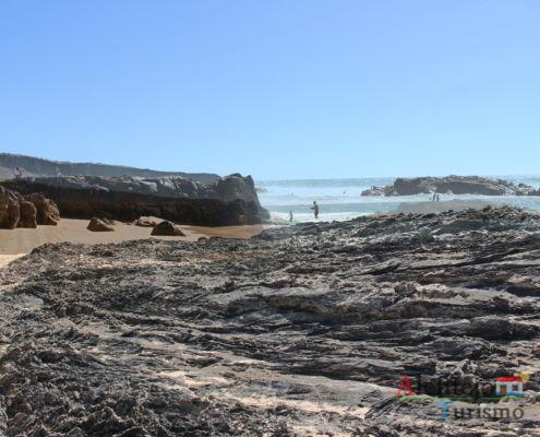 Rochedos no mar - Praia do Malhão