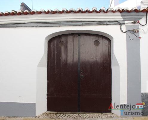 Portão vermelho