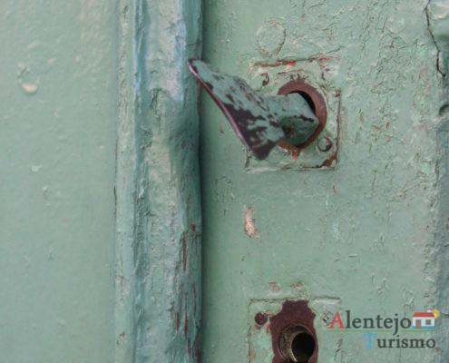 Fechadura de porta alentejana