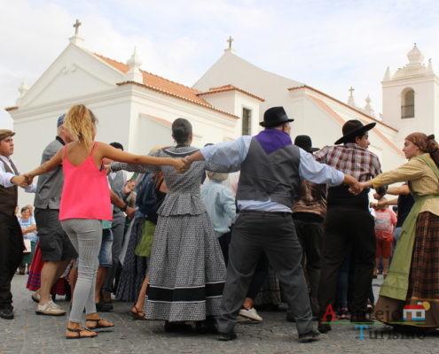 Multidão na igreja