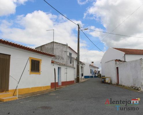 Rua do monte das Piçarras