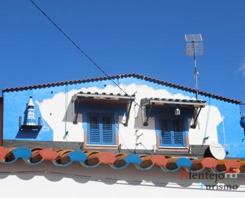 Beiral de telhado e águas furtadas