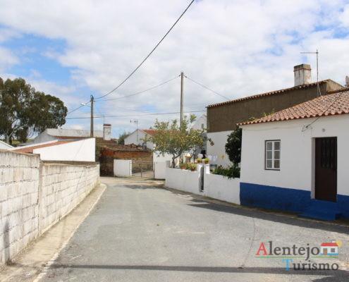 Rua típica do Alentejo