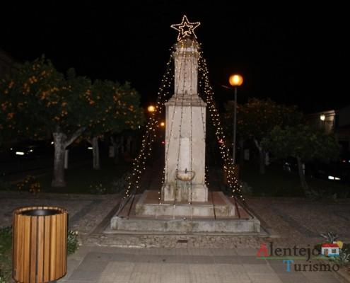 Praça - Vila de Frades