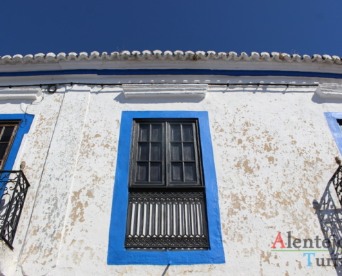 Messejana: janela tradicional do Alentejo
