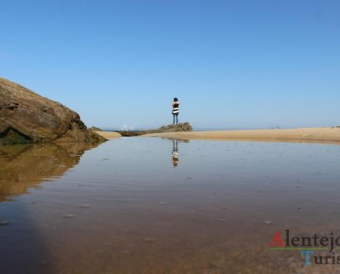 Praia da Foz do Burrinho: solidão