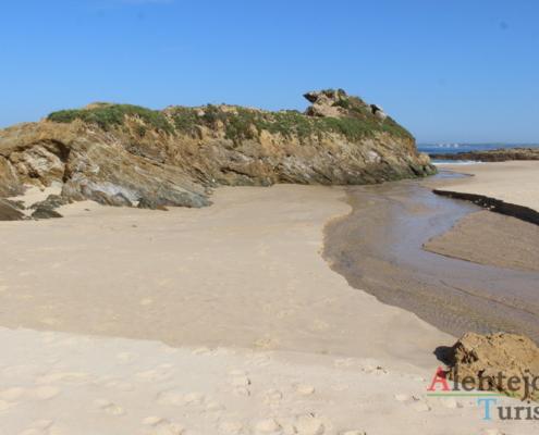 Ribeira na praia