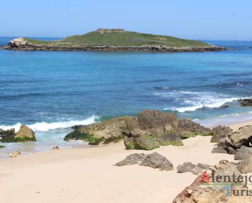 Praia da Ilha do Pessegueiro - Concelho de Sines - Alentejo - AlentejoTurismo