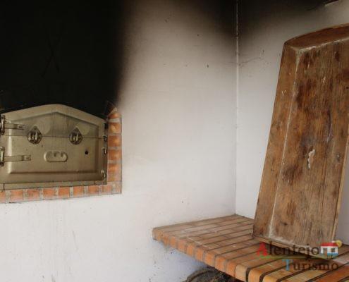 Forno e tabuleiro do pão