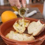 Azeite, açúcar e pão quente