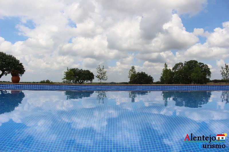 monte_da_azinheira_grande_concelho_de_ferreira_do_alentejo0001