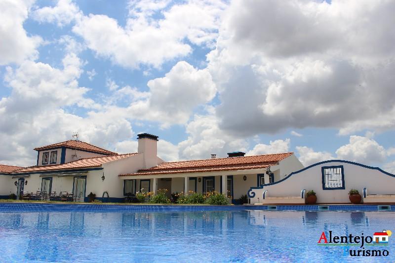 monte_da_azinheira_grande_concelho_de_ferreira_do_alentejo0051