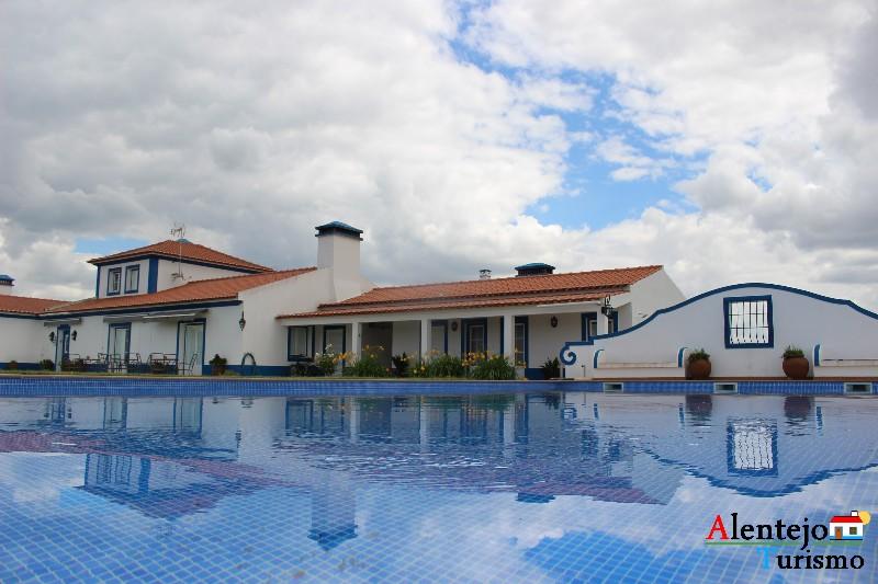monte_da_azinheira_grande_concelho_de_ferreira_do_alentejo0591