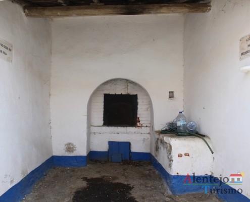 Forno de pão de Poia – Alcarias – capital dos cata-ventos – concelho de Ourique