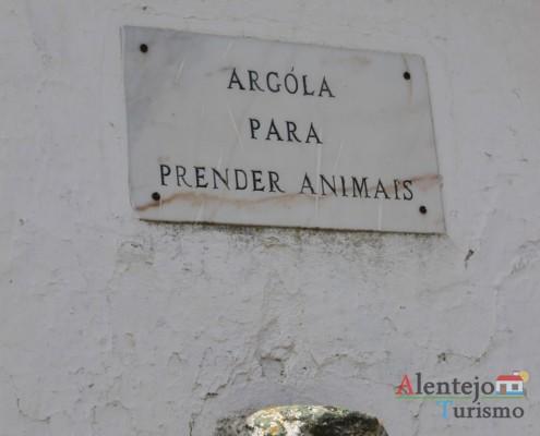 Argola para prender os animais – Alcarias – capital dos cata-ventos – concelho de Ourique