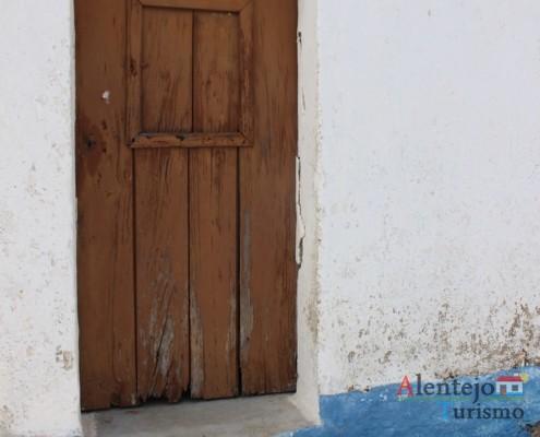Porta tradicional - Alcarias – capital dos cata-ventos – concelho de Ourique