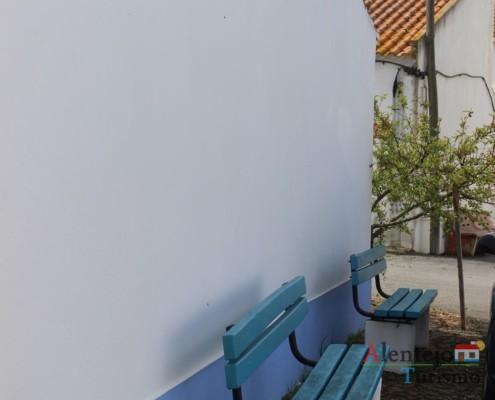 banco de rua - Alcarias – capital dos cata-ventos – concelho de Ourique