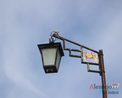 Candeeiro - Porta tradicional - Alcarias - Capital dos cata-ventos - concelho de Ourique