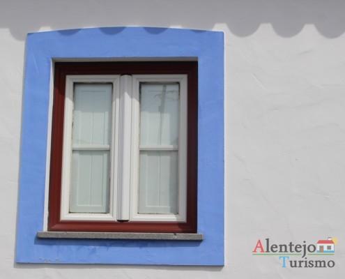 Janela tradicional do Alentejo - Alcarias - Capital dos cata-ventos - concelho de Ourique
