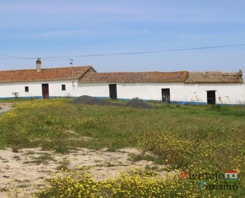 Monte - Casa tradicional do Alentejo - Aldeia dos Elvas - Concelho de Aljustrel