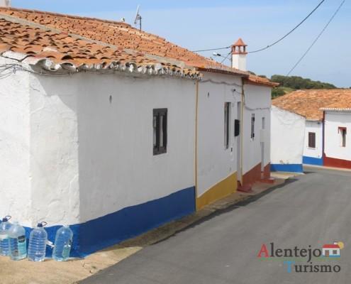 Rua - Casa tradicional do Alentejo - Aldeia dos Elvas - Concelho de Aljustrel
