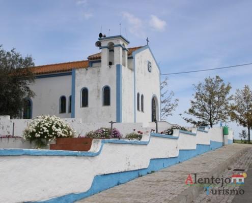 Azul - Igreja da Aldeia dos Elvas – Concelho de Aljustrel