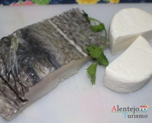 Bacalhau e queijinho - Açorda de alho – Gastronomia - Alentejo