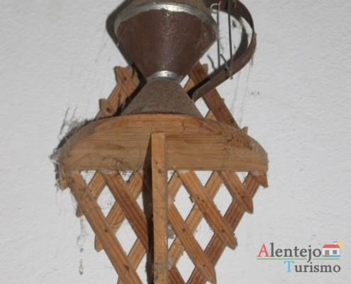 Candeiro de parede antigo - Museu em casa – Grandaços - Ourique - Alentejo