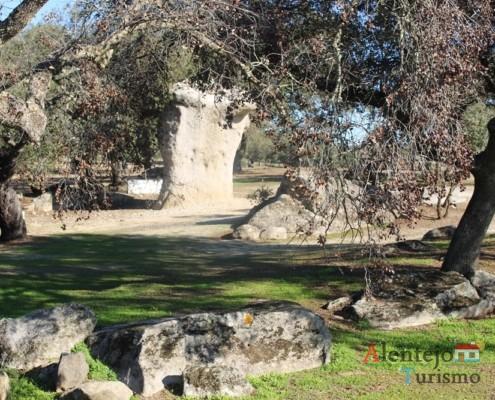 Rocha dos namorados – São Pedro do Corval – Concelho de Reguengos de Monsaraz - Alentejo