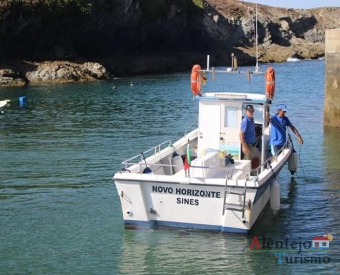 Barco do Senhor Matias; Ilha do Pessegueiro; Porto Covo; Concelho de Sines; Parque Natural do Sudoeste Alentejano e Costa Vicentina; Alentejo