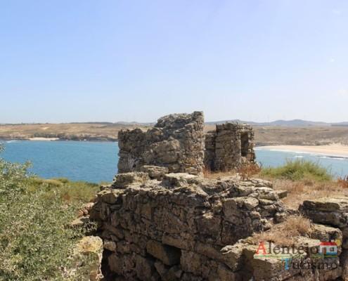 Fortaleza; Ilha do Pessegueiro; Porto Covo; Concelho de Sines; Parque Natural do Sudoeste Alentejano e Costa Vicentina; Alentejo