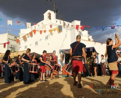 O evento Alvalade Medieval, atrai milhares de pessoas; Concelho de Santiago do Cacém