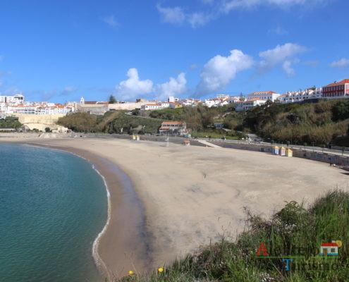 Praia e cidade